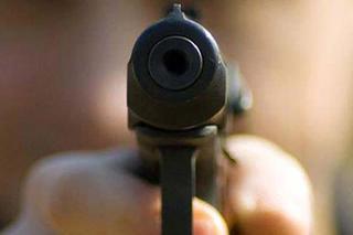 Подросток с игрушеным пистолетом ограбил магазин в Уссурийске