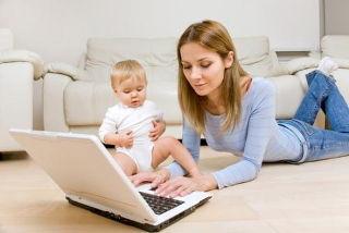 Более тысячи мамочек в Приморье проходят профессиональную подготовку