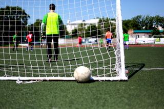 Турнир по футболу среди дворовых команд начался в Уссурийске