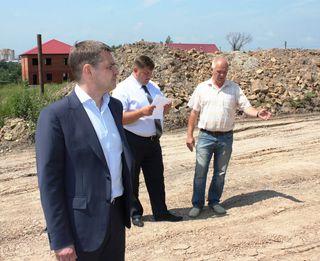 Строительство дорог к земельным участкам для многодетных семей началось в Уссурийске