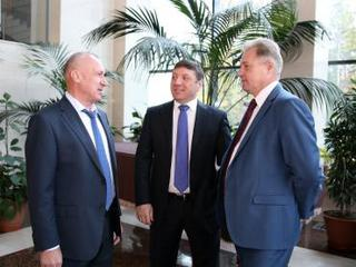 77-летнюю годовщину со дня образования Приморского края отметили торжественным собранием