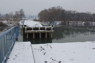 Временный мост в село Кроуновка установят до 25 ноября