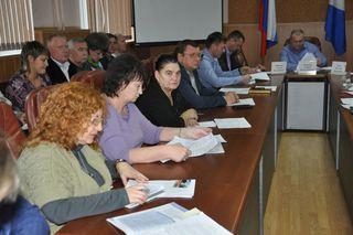 Общественный совет по вопросам жилищно-коммунального хозяйства провел заседание в администрации УГО