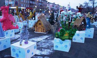 Новогодние конкурсы «Сказки водят хоровод» и «Укрась елочку» прошли в Уссурийске