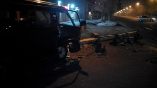 Водитель легкового авто снес фонарный столб в Уссурийске