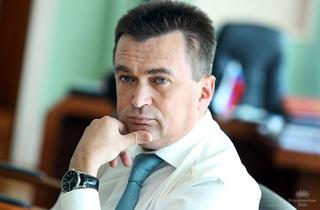 Владимир Миклушевский сохраняет «сильное влияние» среди глав субъектов РФ