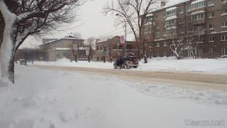 Очистка краевых дорог от снега продолжается