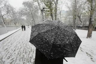 Снег с дождем и гололёд обещают уссурийцам на выходных