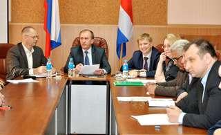 Вопросы проведения весенних полевых работ обсудили в администрации Уссурийска
