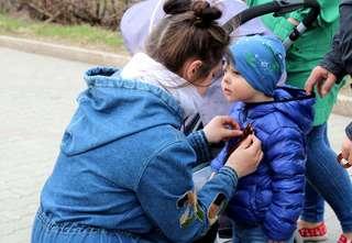 Почти 10 000 Георгиевских ленточек уже подарено жителям и гостям Уссурийска