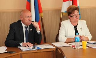 Депутаты определили кандидатуры на звание Почётных граждан Уссурийска