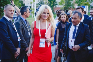 Памела Андерсон хочет снова приехать во Владивосток