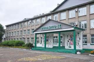 В преддверии нового учебного года Евгений Корж посетил ряд образовательных учреждений Уссурийска
