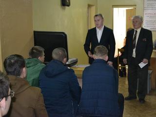 В Уссурийске сотрудники полиции приняли участие во Всероссийской акции «Призывник»