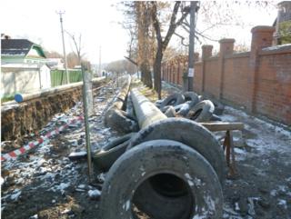 На улице Краснознаменной идут работы по укладке газопровода