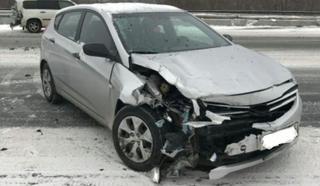 Под Уссурийском автомобиль вылетел на встречную полосу движения и врезался в иномарку