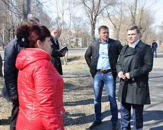 Глава администрации Уссурийска осмотрел состояние дорог в западно-центральной части города