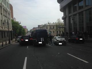 Водитель из Уссурийска протаранил 19 машин во Владивостоке