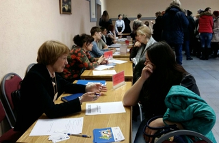 С начала года в Приморье трудоустроили 2,5 тысяч молодых мам