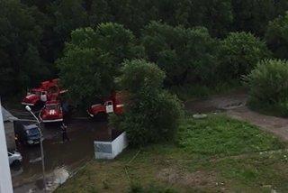 Спасатели в Уссурийске продолжают откачивать воду
