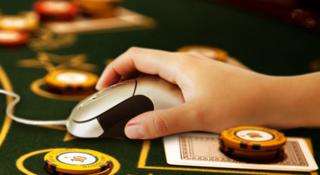 Полиция ликвидировала подпольное казино в Уссурийске