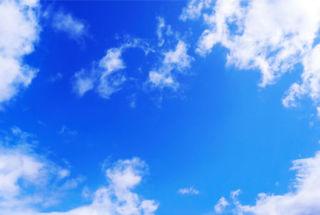 Удивительную картину в небе увидели автолюбители Приморья