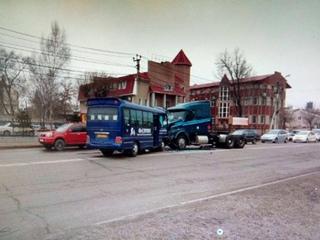 В Уссурийске полиция проводит проверку по факту ДТП на улице Краснознаменная