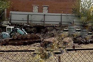 В Уссурийске во время ремонтных работ случайно откопали танк