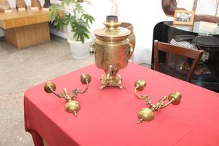 Культурные ценности, изъятые на границе, передали в музей  уссурийские таможенники