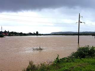 Вода в реках округа пошла на спад