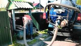 В Уссурийске начались работы по откачке ливневых вод и дезинфекции шахтовых питьевых колодцев