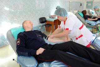 В Уссурийске Госавтоинспекторы пополнили банк донорской крови для жертв ДТП
