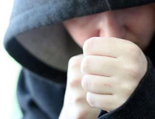 Бдительный житель Уссурийска прогнал со двора подростков, нюхающих газ