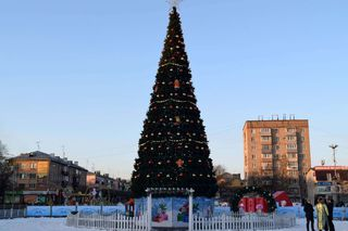 Ледовый городок на центральной площади Уссурийска будет работать до конца января