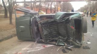 Полиция Уссурийска проводит проверку по факту ДТП на улице Ленинградской
