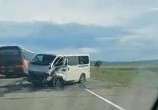 Момент жёсткого ДТП на трассе в Приморье попал на видео