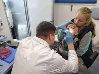 Автопоезд «Здоровье» продолжает медицинский осмотр детей Уссурийского городского округа