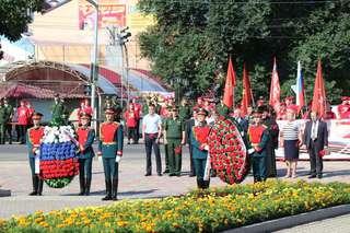 В преддверии годовщины окончания Второй Мировой войны на площади Победы состоялись памятные мероприятия