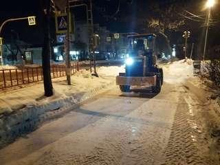 На улицах Уссурийска ночью было задействовано 22 единицы техники