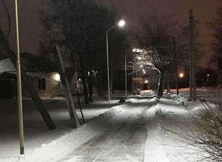 На дорогах и тротуарах Уссурийска ночью было задействовано 37 единиц техники