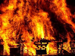 В Уссурийске дотла выгорела квартира, которую сдали в найм