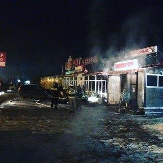«Хороший был магазин»: известная торговая точка сгорела в Уссурийске