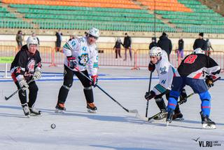 Отбор на национальный финал турнира «Шлем и Краги» во Владивостоке выиграла команда из Уссурийска