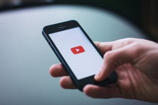 «Когда тебя закрыли на карантин»: видео с предприимчивым приморцем обсуждают в соцсетях