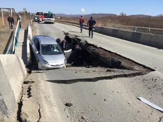 Еще один мост рухнул в Приморье в районе села Романовк