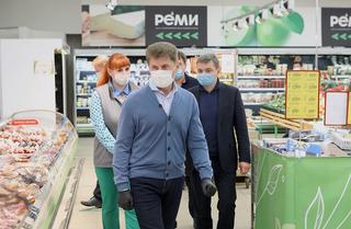 Олег Кожемяко проверил работу административных комиссий в Уссурийске