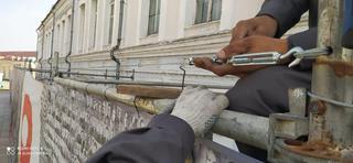 Арт-объекты с символикой Победы разрушают вандалы в Уссурийске