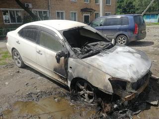 В Уссурийске сотрудники полиции задержали поджигателя автомашины