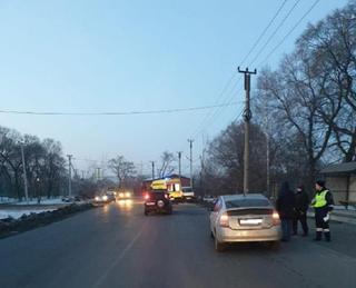 Девятилетний мальчик попал под колёса автомобиля в Уссурийске