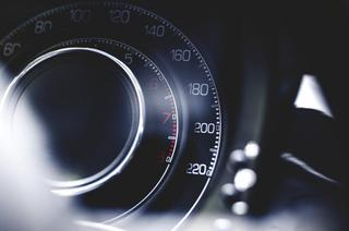 «Куда так лететь?»: в Приморье два автомобиля попали в ДТП